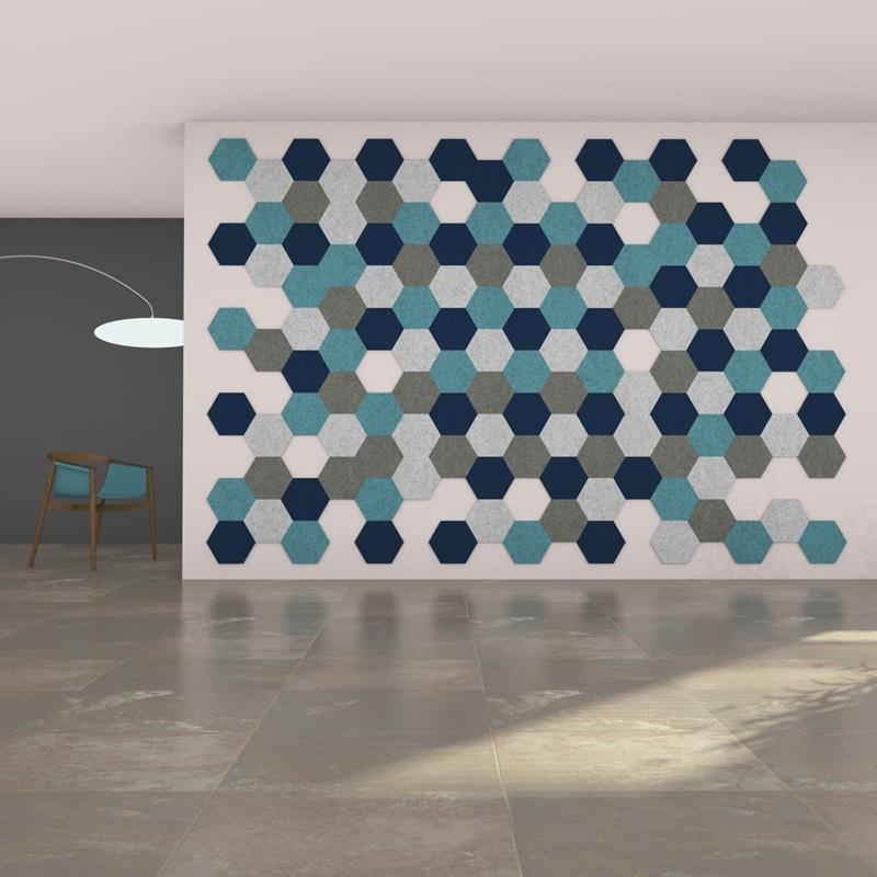 felty Filz Fliese zur Wandgestaltung Wohnraum Modell Hexo Größe M Farbkombination Wohnzimmer Szene 01-2