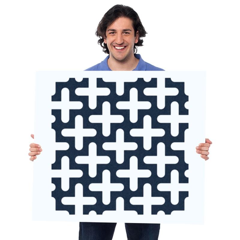 felty Filz Wandpaneel zur Wandgestaltung Wohnraum Modell Jackie Größe L Farbe A82 stahlblau Modellbeispiel