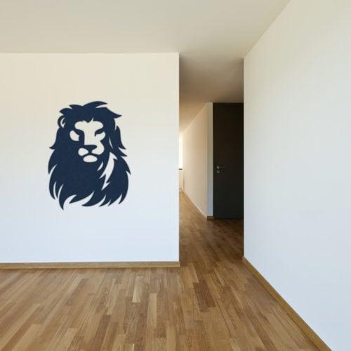 felty Filz Figur zur Wandgestaltung Wohnraum Modell Löwe Größe L Farbe A82 stahlblau Szene 01