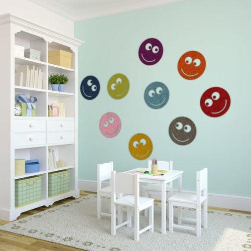 felty Filz Figur zur Wandgestaltung Wohnraum Modell Smile Größe M Farbkombination Kinderzimmer Szene 01